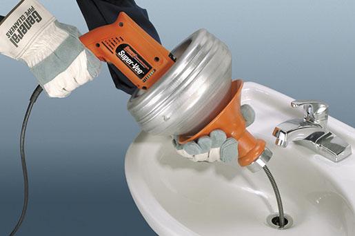 Устранить засор канализации на кухне