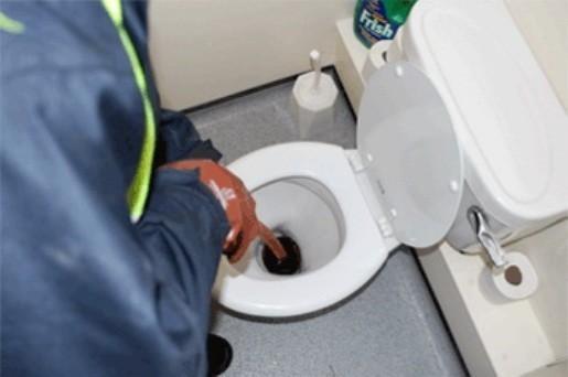 Химический метод устранения засора канализации